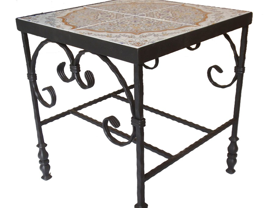 שולחן קרמיקה ריבועי בפירזול מהופך