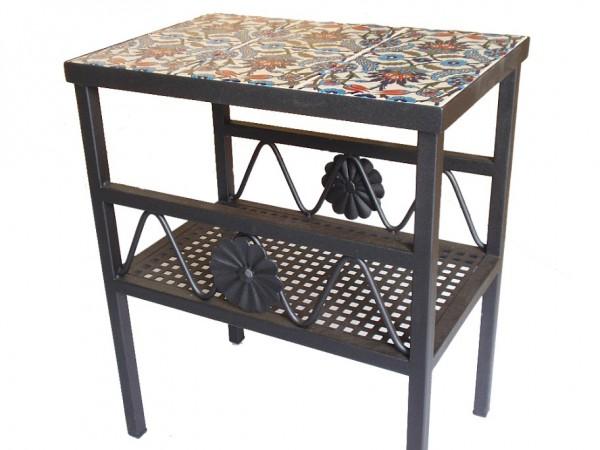 שולחן ברזל מלבני בשילוב קרמיקה בעל מדף