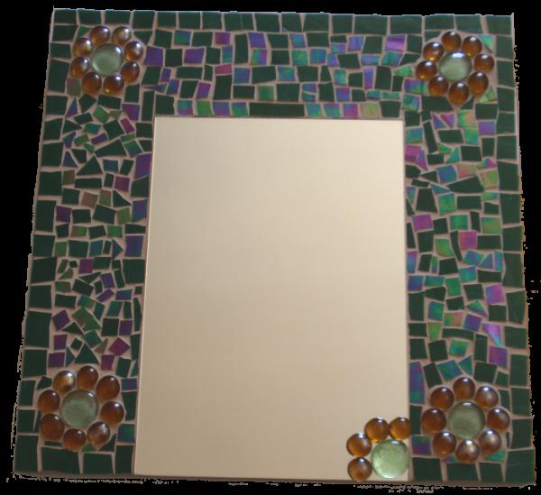 גלריה שילובים - פסיפס בשילוב מראה ואבני זכוכית