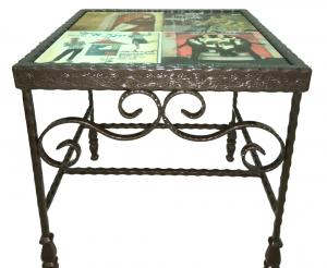 שולחן מפורזל בשילוב קרמיקה מודפסת