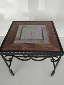 שולחן מפורזל אריח דמוי עץ