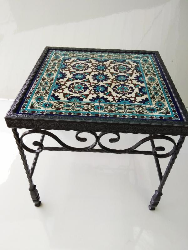 שולחן ברזל מפורזל קרמיקה טורקיז