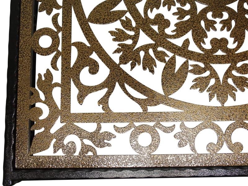 שולחן ברזל תחרה זהב