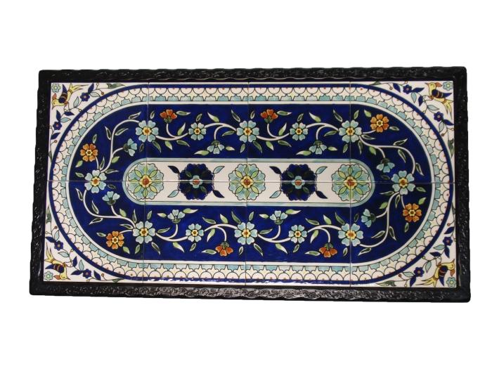 שולחן ברזל מלבני פרחים כחולים