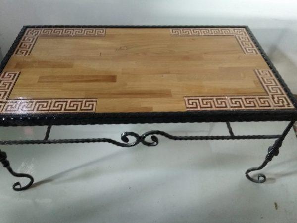 שולחן עץ מסגרת קרמיקה חלקית מבוך
